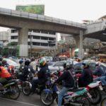 歩道爆走、国道逆走、4人乗りは当たり前!タイのバイク事情!!!